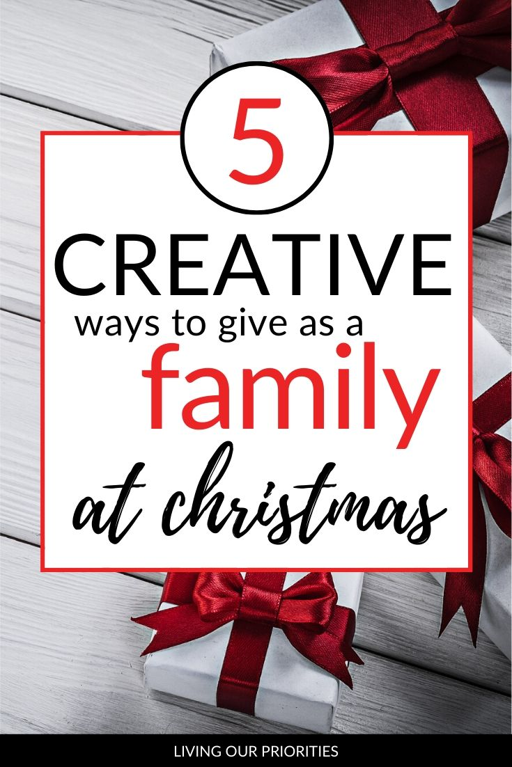 Some of the best gifts only cost your time. Learn 5 creative ways to give as a family at Christmas.